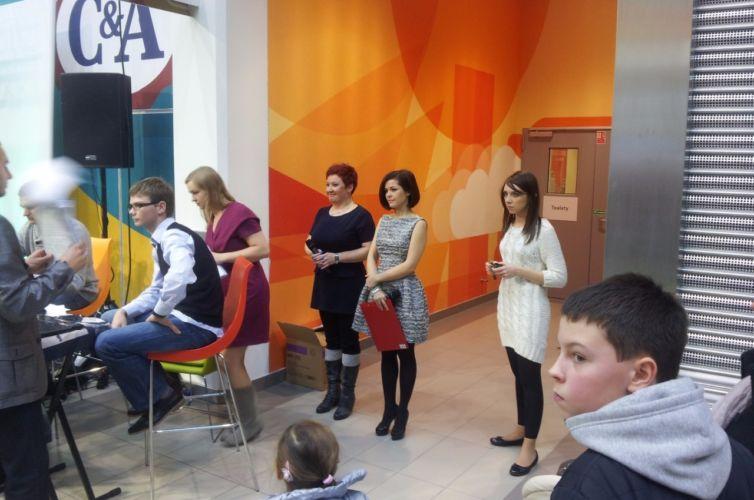 Światowy Dzień Pluszowego Misia – event charytatywny z Kasią Cichopek